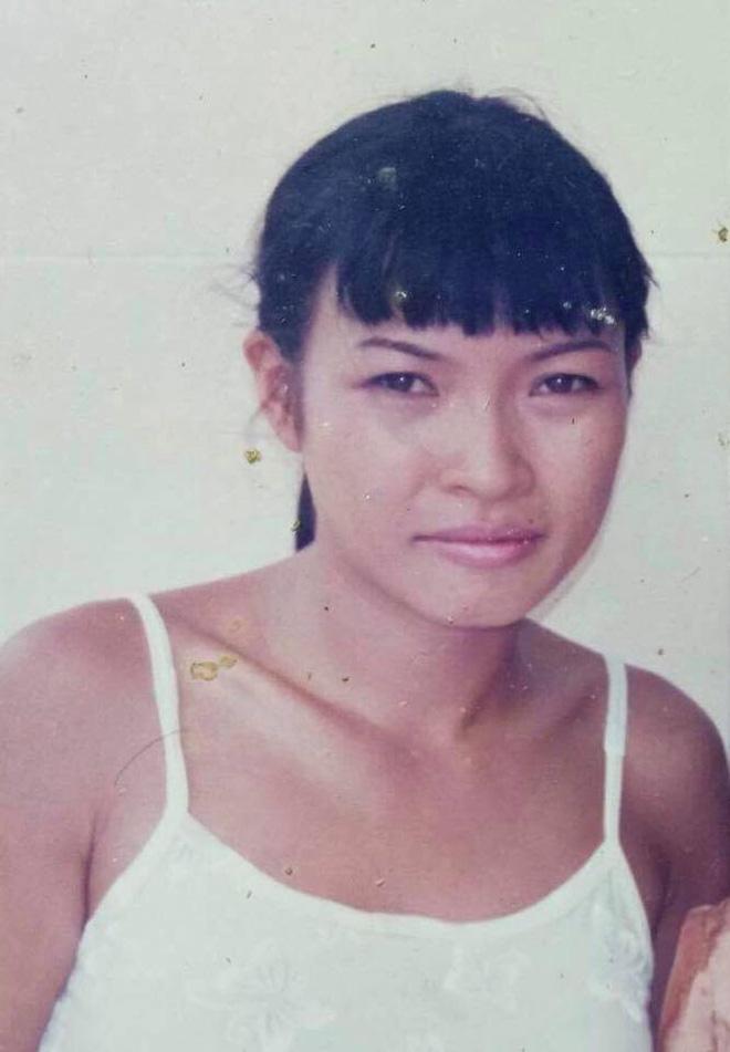 Phương Thanh gặp rắc rối khi chụp ảnh chung với người hâm mộ đang bị bắt cóc - Ảnh 1