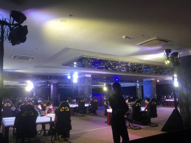 Gần 100 game thủ tụ tập thi đấu ở Cocobay Đà Nẵng trong đợt cao điểm phòng, chống dịch Covid-19 - Ảnh 3