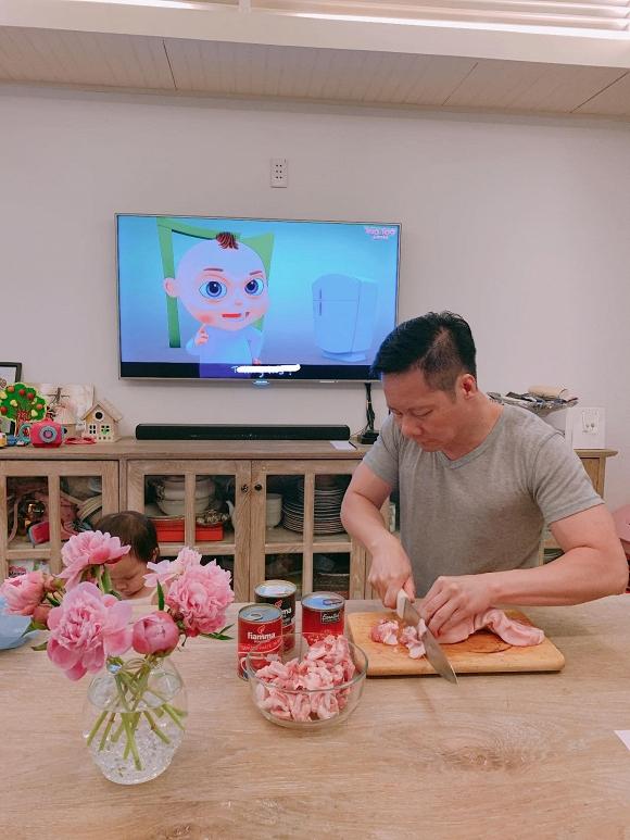 Sướng như Phan Như Thảo, than nhớ món ăn tuổi thơ đã được chồng xắn tay vào bếp nấu - Ảnh 1