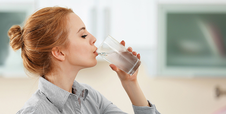Thiếu nước là một nguyên nhân khiến nhịp tim khi nghỉ ngơi tăng nhanh