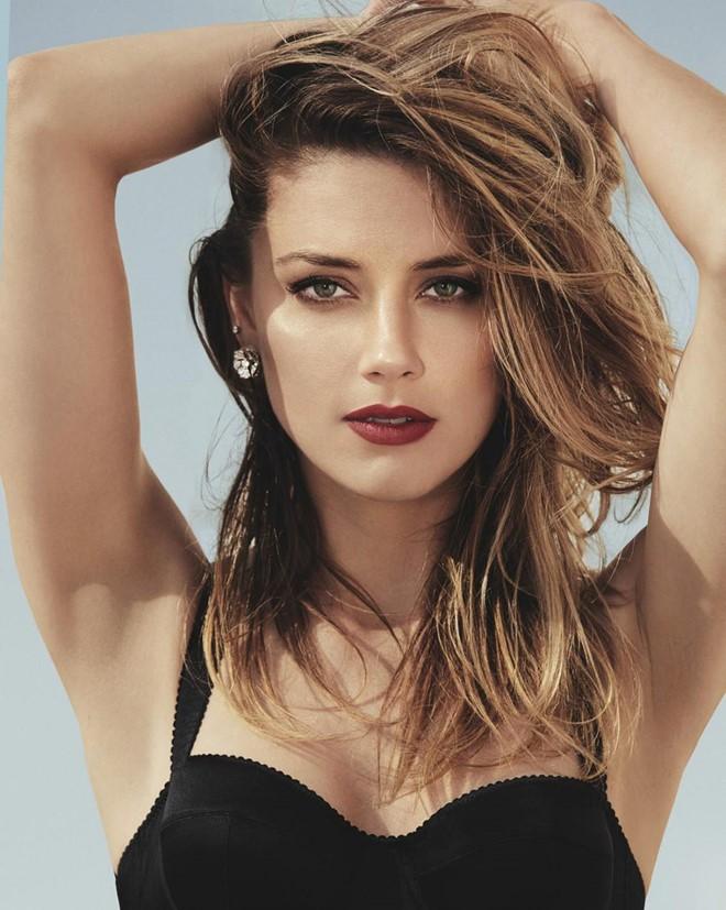 Không thích tập luyện tại phòng tập, Amber Heard vẫn giữ dáng hoàn hảo để xứng danh quyến rũ nhất thế giới nhờ cách này - Ảnh 2