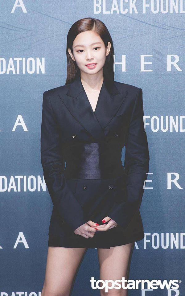 Sang chảnh như Jennie (Black Pink) vẫn lép vế toàn tập trước Park Min Young: Đúng là 'gừng càng già càng cay' - Ảnh 3