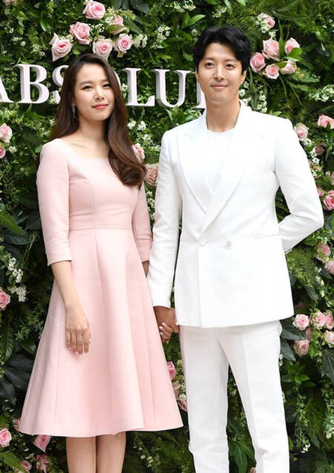 Song Hye Kyo bất ngờ bị réo tên giữa drama vợ chồng Lee Dong Gun ly hôn, chuyện gì thế này? - Ảnh 4