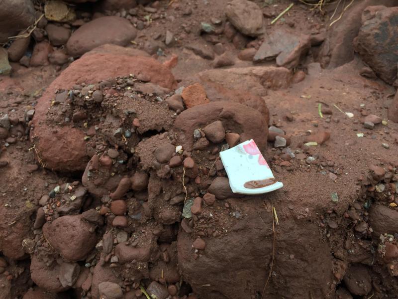 Cận cảnh hiện trường sạt lở đất vùi 5 người tại Sìn Hồ - Ảnh 8