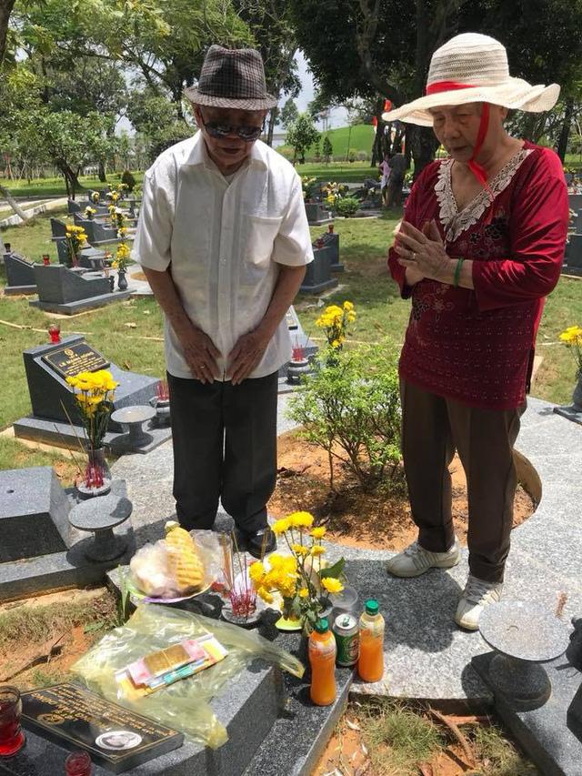 Ca sĩ Ngọc Ánh rơi nước mắt khi kể về anh trai là liệt sĩ - Ảnh 1