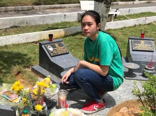 Ca sĩ Ngọc Ánh rơi nước mắt khi kể về anh trai là liệt sĩ - Ảnh 3