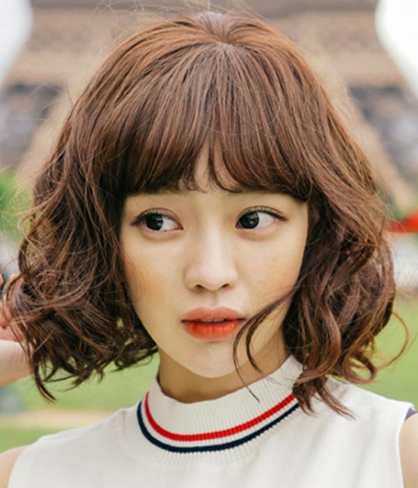 Kiểu tóc ngắn xoăn 'tân thời' giúp nàng nâng tầm nhan sắc - Ảnh 3