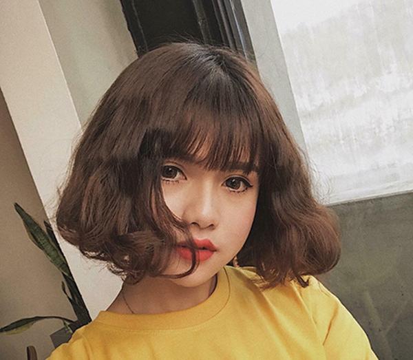 Kiểu tóc ngắn xoăn 'tân thời' giúp nàng nâng tầm nhan sắc - Ảnh 5
