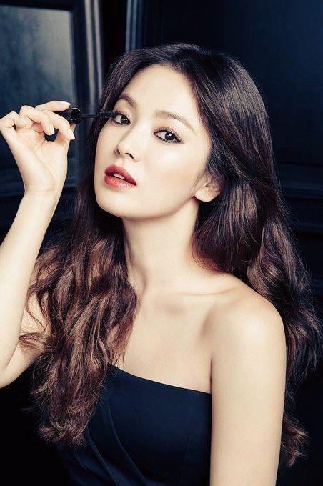 Muốn make up trong veo như idol, học ngay cách đánh nền của Song Ji Hyo - Ảnh 11