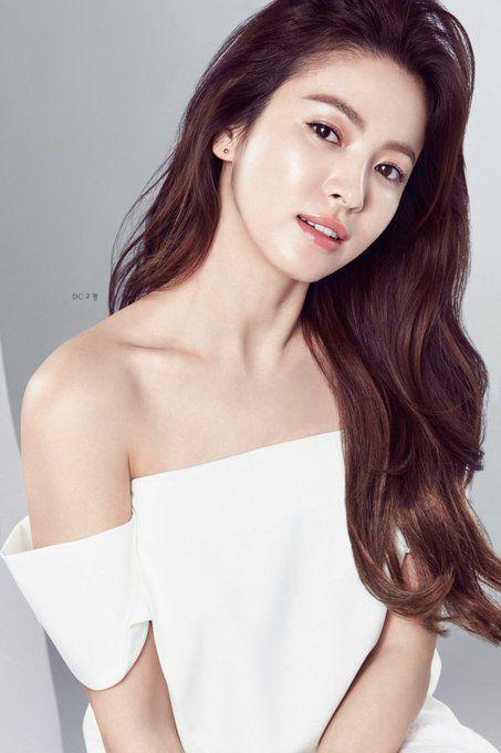 Muốn make up trong veo như idol, học ngay cách đánh nền của Song Ji Hyo - Ảnh 10