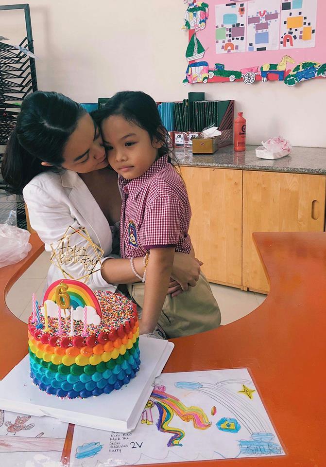 Phạm Quỳnh Anh nghẹn ngào kể lại phản ứng của con gái 6 tuổi khi biết bố mẹ ly hôn - Ảnh 2