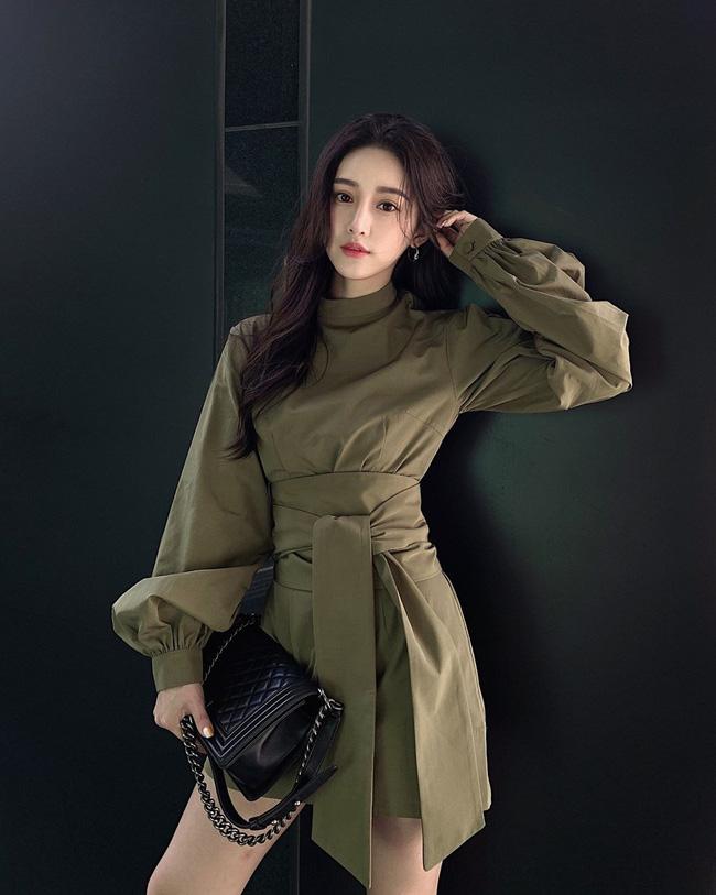 Không chỉ giúp nâng trình mix đồ, street style Châu Á tuần này cực 'lãi' với cả tá gợi ý mặc đẹp cuối năm - Ảnh 12