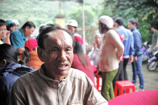 Thảm kịch gia đình 3 người chết trong vụ sạt lở ở Khánh Hòa: Người đàn ông lạc giọng gào tên vợ, con và cháu ngoại trong đêm - Ảnh 1