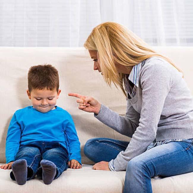 12 câu nói cha mẹ tuyệt đối không sử dụng khi mắng con - Ảnh 2