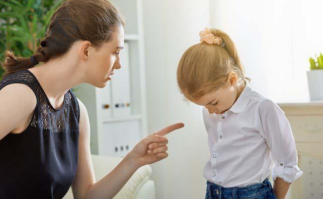 12 câu nói cha mẹ tuyệt đối không sử dụng khi mắng con - Ảnh 4