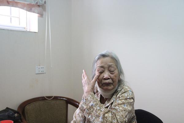 """Cụ bà ly hôn ở tuổi 86 vì chồng cả đời không rửa bát: """"Giờ tôi được là chính mình"""" - Ảnh 3"""