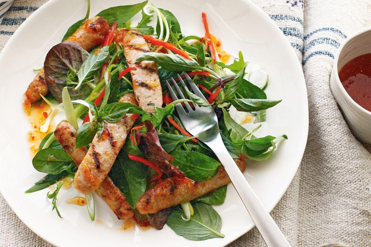 Ăn sạch, giảm cân với salad nhưng nếu cứ mắc những lỗi sau coi chừng phản tác dụng - Ảnh 4