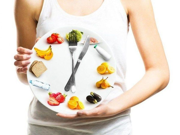 Ăn sáng muộn, ăn tối sớm giúp giảm cân, đẩy lùi ung thư vú - Ảnh 1