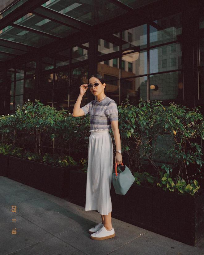 Diện váy vóc, bạn sẽ muốn mix ngay với 5 kiểu giày sau vì mặc lên quá xinh xắn và trendy - Ảnh 5