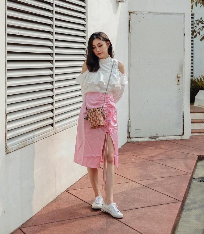 Diện váy vóc, bạn sẽ muốn mix ngay với 5 kiểu giày sau vì mặc lên quá xinh xắn và trendy - Ảnh 6