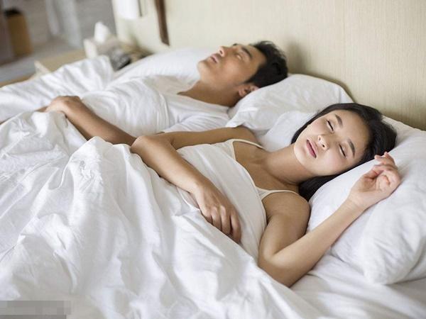 Khi cãi nhau, người đàn ông làm được 6 việc này thì mới xứng đáng làm chồng - Ảnh 3