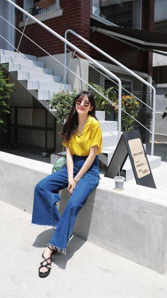 Phối đồ mùa hè với quần jeans ống suông - Ảnh 2