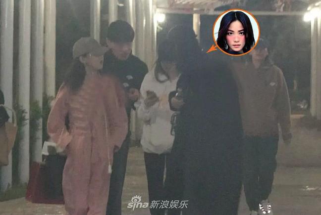 Vừa hẹn hò cùng Tạ Đình Phong, Vương Phi đã vội vã làm điều này cho con gái thứ 2 - Ảnh 2
