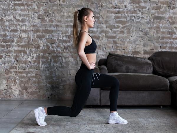Nhảy cắt kéo - bài tập đơn giản giúp làm săn chắc toàn bộ cơ thể - Ảnh 4