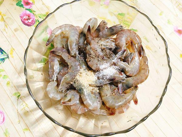 2 cách hấp tôm ngon, thơm thịt cho bữa cơm ngon miệng - Ảnh 4