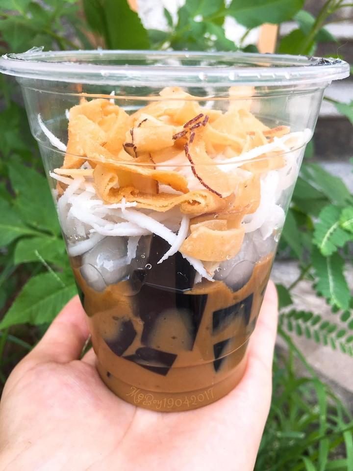 Hội chị em đang phát cuồng vì món cafe cốt dừa - bạn đã update chưa? - Ảnh 5