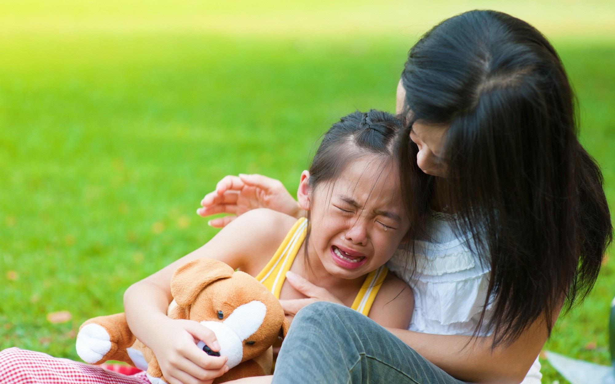Cứ tưởng làm thế này là yêu con, nhưng thực ra cha mẹ đang hại con - Ảnh 1