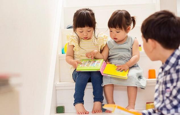 Muốn con hoạt ngôn và biết thêm nhiều từ vựng phong phú hơn? Các nhà khoa học khuyên cha mẹ hãy làm việc cực kỳ đơn giản này - Ảnh 1