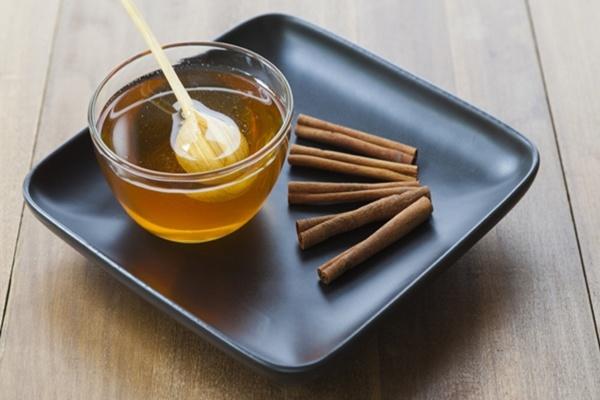 Tác dụng giảm cân của bột quế và mật ong có thật sự hiệu quả?