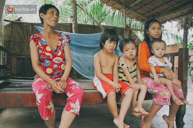 5 đứa trẻ đói ăn bên người mẹ khờ mang bụng bầu 7 tháng: 'Con không muốn mẹ sinh em nữa, nhà con nghèo lắm rồi' - Ảnh 13