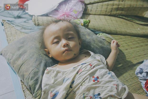 5 đứa trẻ đói ăn bên người mẹ khờ mang bụng bầu 7 tháng: Con không muốn mẹ sinh em nữa, nhà con nghèo lắm rồi - Ảnh 17