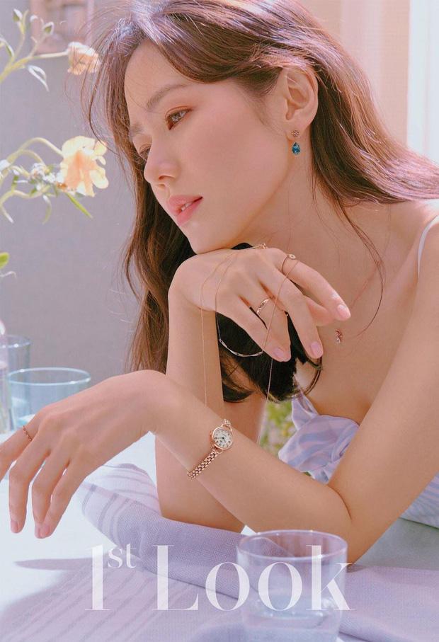 """""""Chị đẹp"""" Son Ye Jin lại gây sốt MXH với loạt hình mới, nhìn qua mới hiểu vì sao cô luôn dẫn đầu trong đường đua nhan sắc - Ảnh 4"""