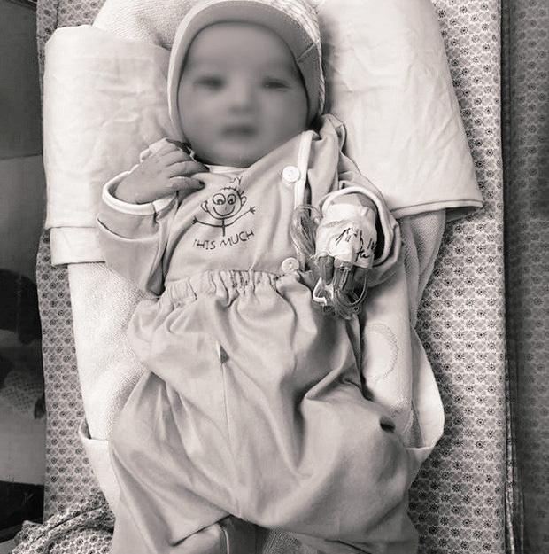 Đỗ Mỹ Linh, Lương Thuỳ Linh xót xa khi hay tin em bé bị bỏ rơi ở hố gas đã qua đời: 'Về với thiên đường con nhé!' - Ảnh 1