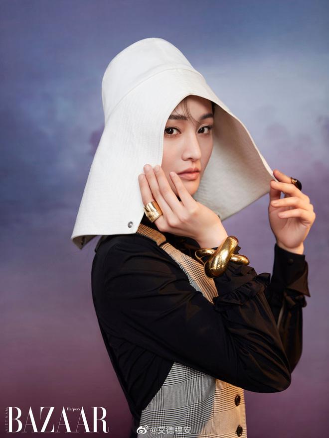 Không còn là 'thảm hoạ mặt đơ', Trịnh Sảng khoe visual cùng thần thái lên hương khi bất ngờ lên trang bìa tạp chí Việt - Ảnh 2