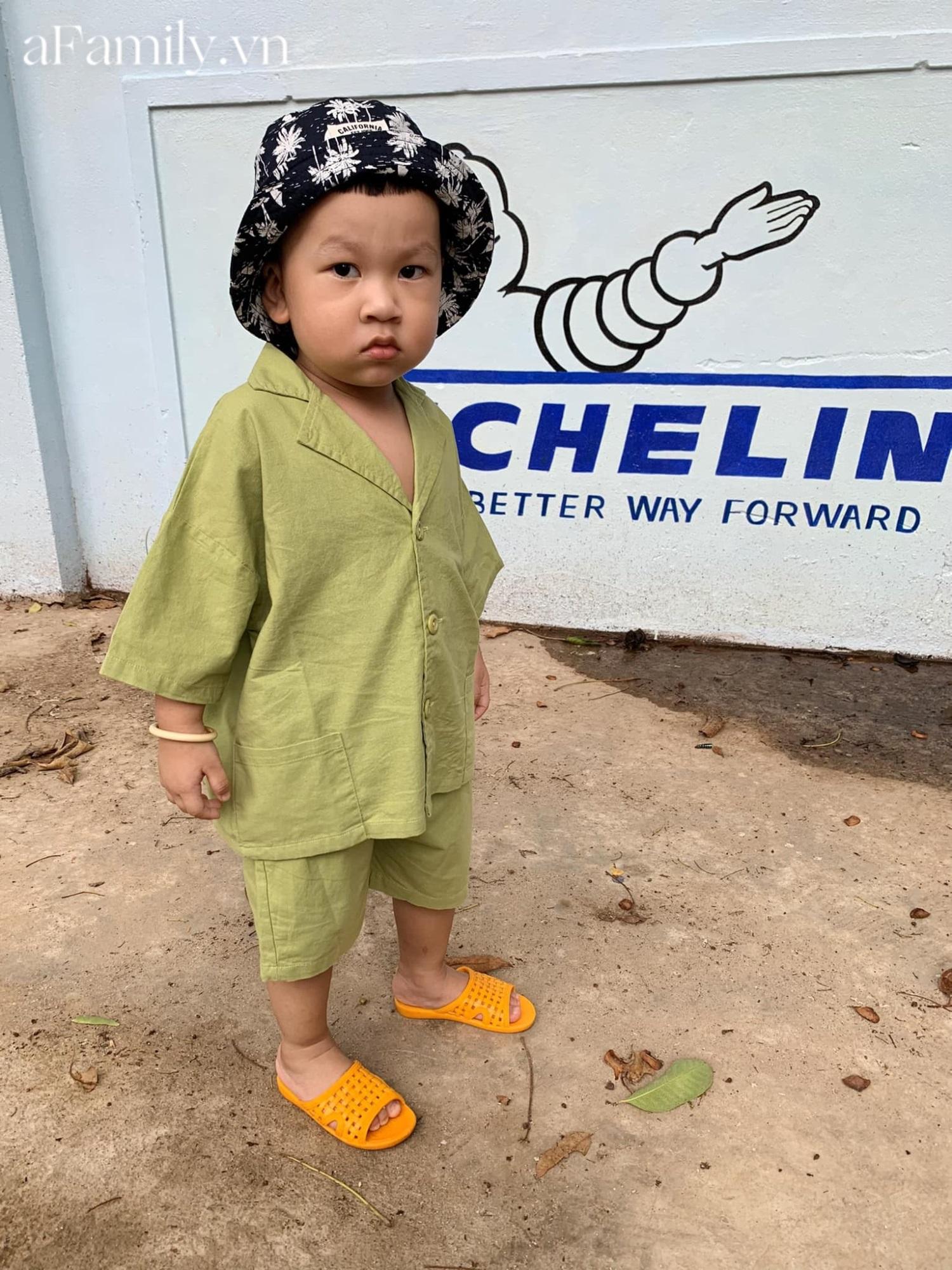 Mua cho cháu bộ quần áo mới, dì cứ ngỡ mặc vào sẽ đẹp trai như Hàn Quốc, ai ngờ bé 'lên đồ' thì cả nhà cười nguyên buổi tối - Ảnh 2