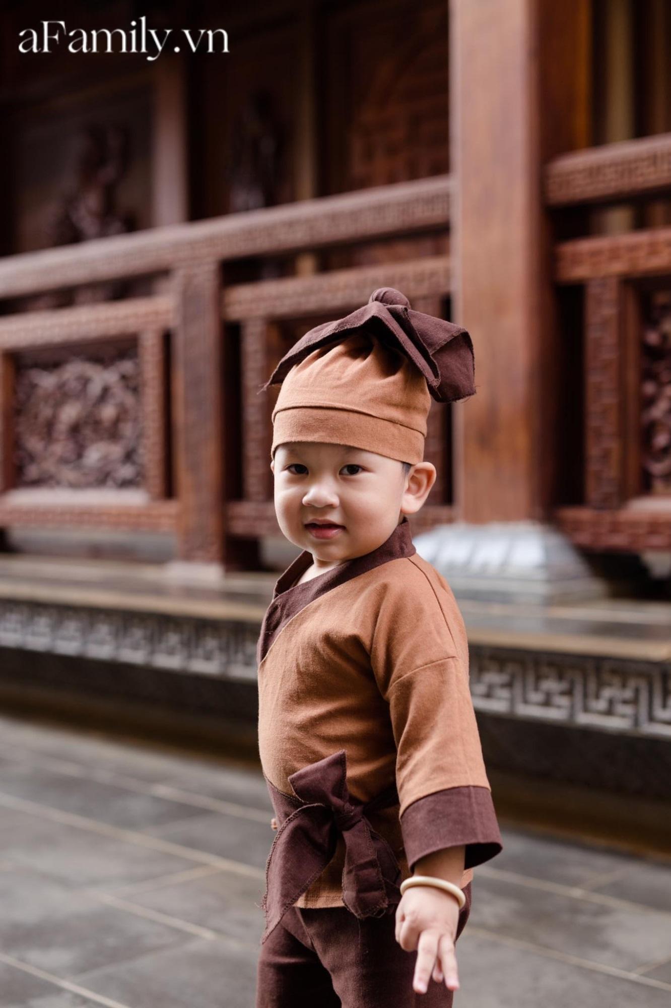 Mua cho cháu bộ quần áo mới, dì cứ ngỡ mặc vào sẽ đẹp trai như Hàn Quốc, ai ngờ bé 'lên đồ' thì cả nhà cười nguyên buổi tối - Ảnh 3