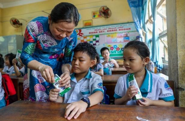 Nhân rộng niềm vui mang tên 'sữa học đường' - Ảnh 3