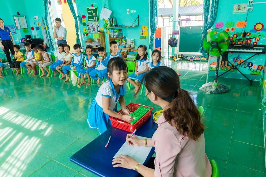 Nhân rộng niềm vui mang tên 'sữa học đường' - Ảnh 10