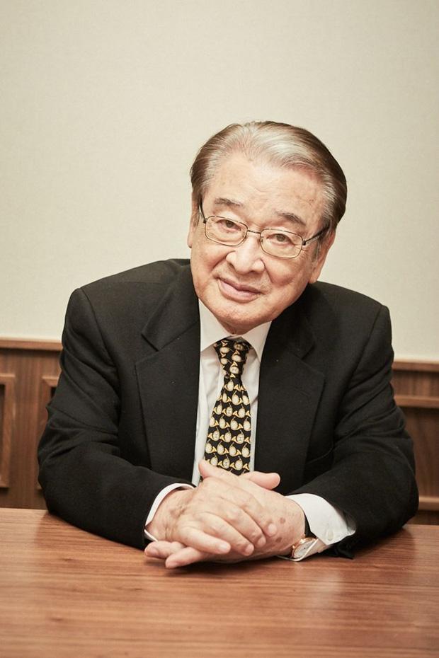 NÓNG: SBS 'bóc trần' bê bối ông nội quốc dân 'Gia đình là số 1' Lee Soon Jae, Bộ Lao động phải vào cuộc điều tra - Ảnh 1