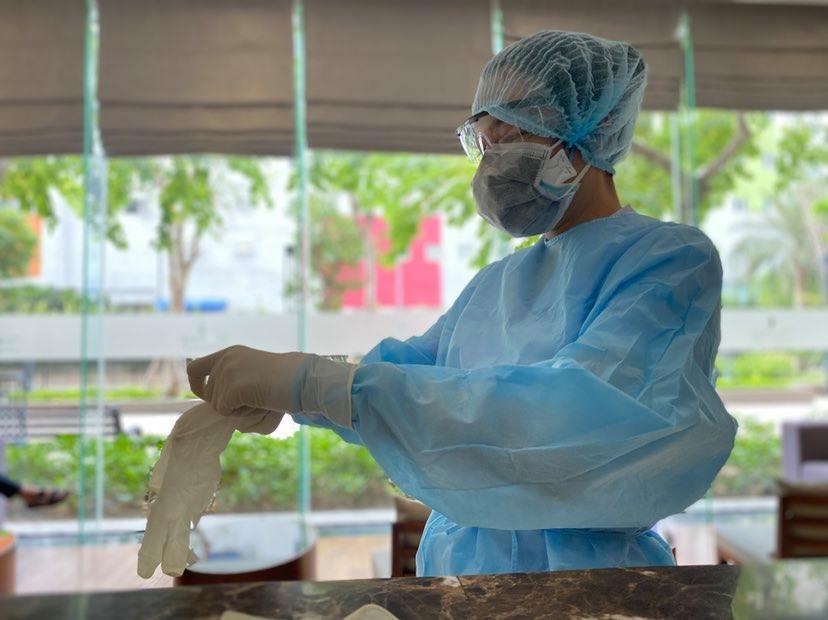 TP.HCM: Xét nghiệm Covid-19 cư dân tại một tầng chung cư ở quận Bình Thạnh vì có bệnh nhân dương tính yếu sau khi xuất viện - Ảnh 1