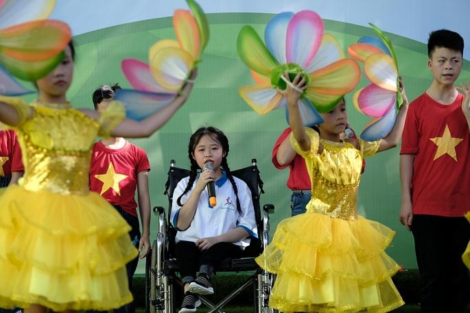 Vinamilk mang niềm vui uống sữa đến với trẻ em Hà Nội thông qua Quỹ sữa Vươn cao Việt Nam - Ảnh 8
