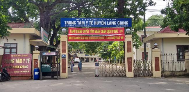 Vụ sản phụ tử vong khi chờ sinh con ở Bắc Giang: Mẹ chồng ám ảnh lời nói cuối cùng của con dâu trong phòng đẻ - Ảnh 2
