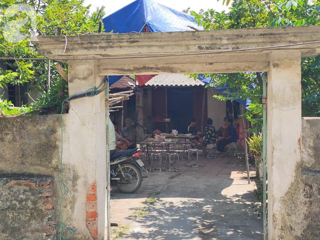 Đám tang đẫm nước mắt của mẹ ca sĩ Châu Việt Cường: Nó đi nhặt ve chai dành dụm tiền thăm thằng Cường - Ảnh 5