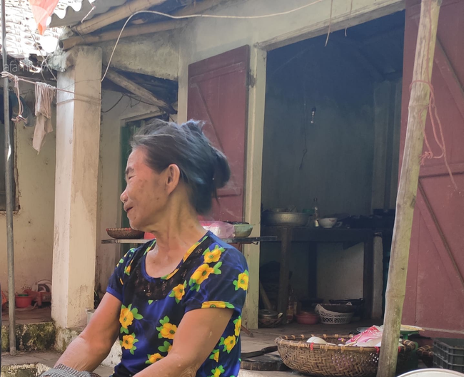 Đám tang đẫm nước mắt của mẹ ca sĩ Châu Việt Cường: Nó đi nhặt ve chai dành dụm tiền thăm thằng Cường - Ảnh 6