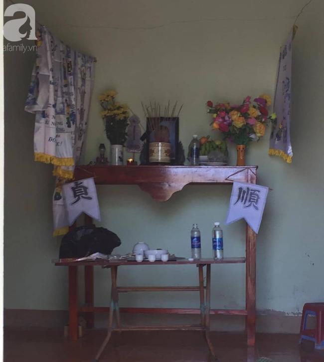 Đám tang đẫm nước mắt của mẹ ca sĩ Châu Việt Cường: Nó đi nhặt ve chai dành dụm tiền thăm thằng Cường - Ảnh 10