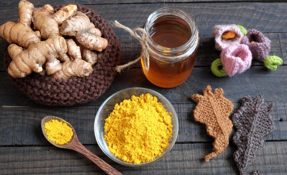 Trị thâm mụn bằng mật ong và bột nghệ cho da khỏe mạnh hồng hào trong thời gian ngắn